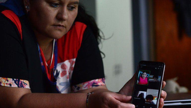 La misión de dar clases por celular en el oeste neuquino