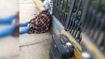 chile: anciana fue echada a la calle por su hija
