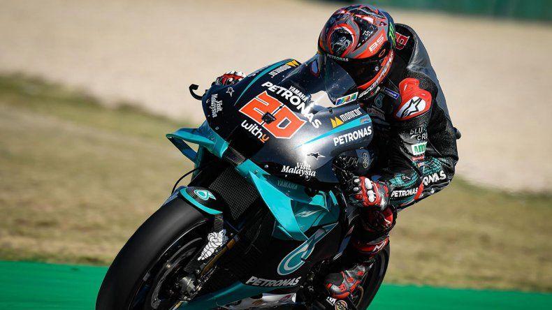 Fabio Quartararo bajó en 9 milésimas el registro de Maverick Viñales y se quedó con lo mejor del viernes del Moto GP en Misano.