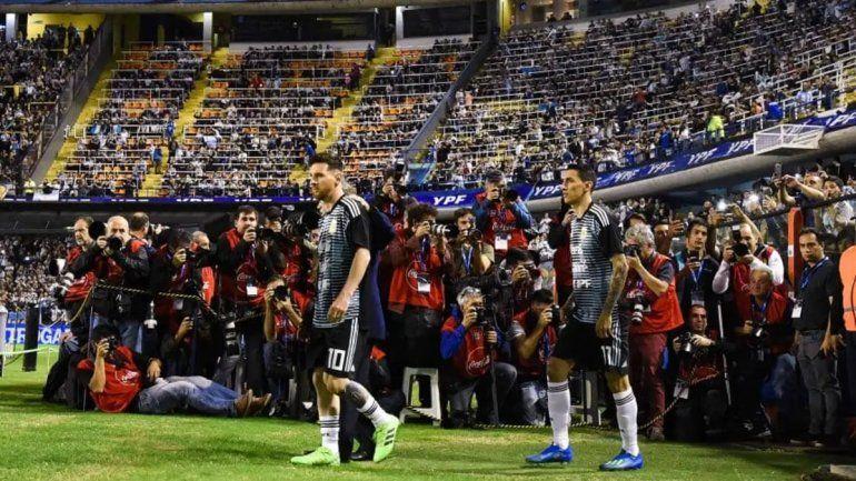 Messi podrá jugar en La Bombonera y Koeman lo elogió