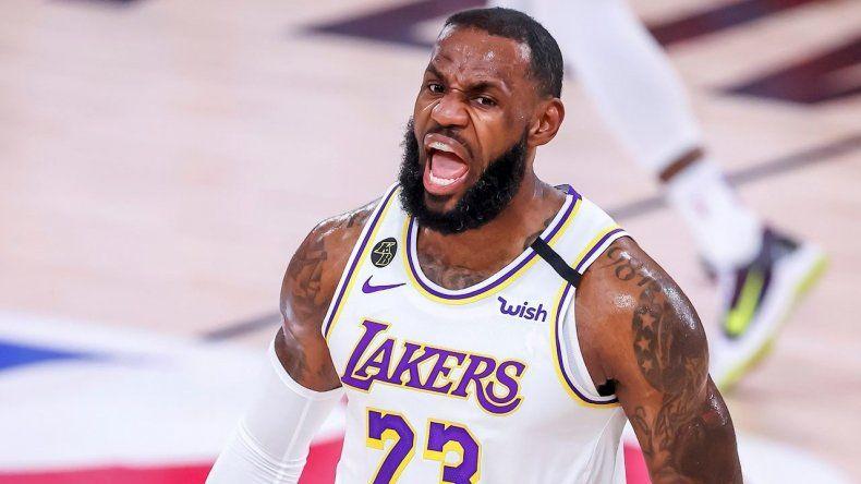 LeBron mete a los Lakers en la final del Oeste tras 10 años