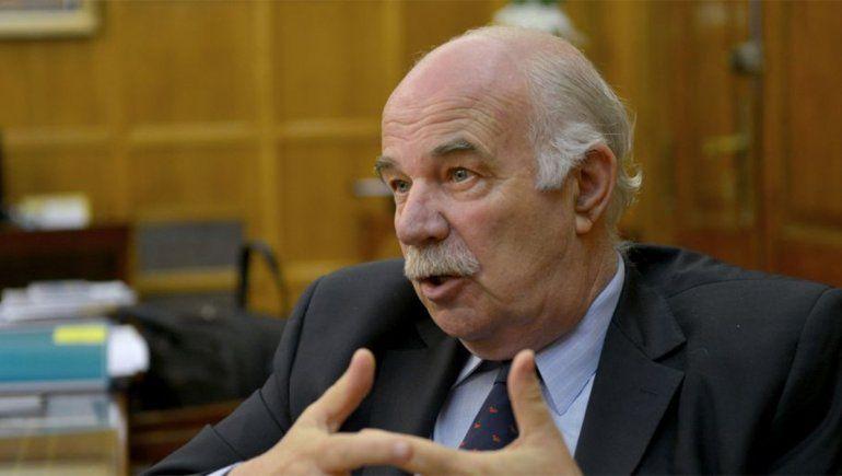 Por COVID-19, murió el ex ministro de Agricultura Carlos Casamiquela