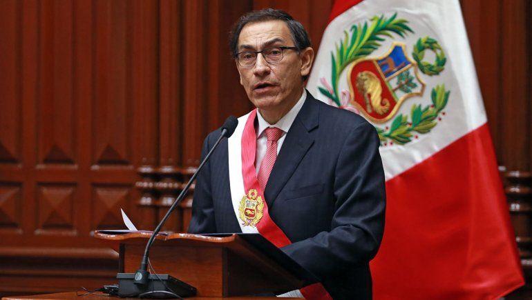 Perú: Martín Vizcarra intenta detener el proceso de destitución