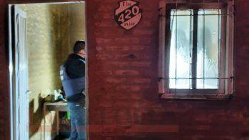 incendio y muerte en plottier: hay tres demorados