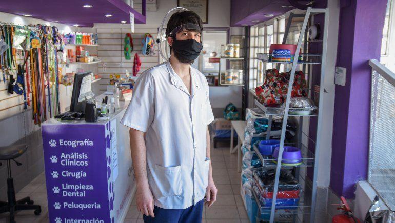 Augusto trabaja en Veterinaria del Sur en Neuquén