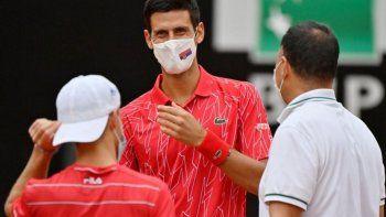 Djokovic: el récord, el reto por el barbijo y su reclamo de no jugar con lluvia