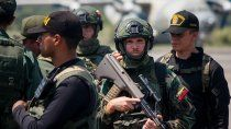 bano de sangre entre militares chavistas y las farc: 19 muertos