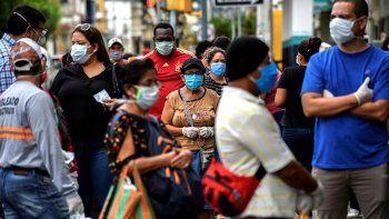 el 70% de la poblacion mundial podria contagiarse de covid