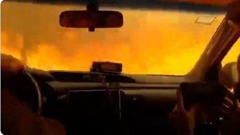 impactante video: bomberos atraviesan un tunel de fuego
