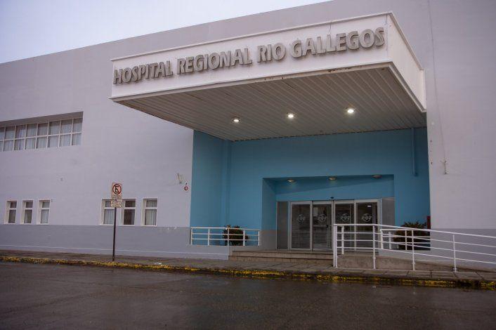 José da batalla contra el Covid en el hospital de Río Gallegos. Se enfermó junto a su familia pero ya volvió al trabajo.