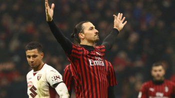 Zlatan Ibrahimovic dio positivo y desafió al coronavirus