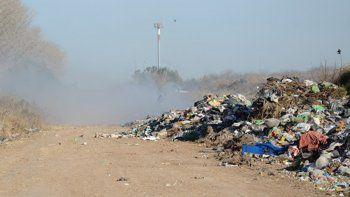 quemaron el basural de chos malal y el humo llego al centro