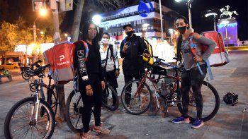 Por la pandemia, se duplicó la cantidad de repartidores en bicis