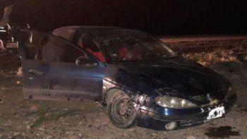 Ruta 51: volcó por un desperfecto mecánico y se salvó de milagro