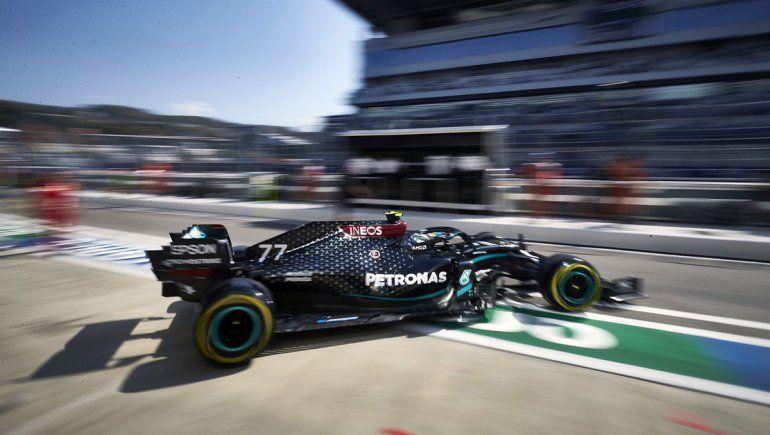 Valtteri Bottas y su Mercedes fueron los más rápidos del primer día de actividad en el circuito de Sochi, escenario del Gran Premio de Rusia de Fórmula 1.