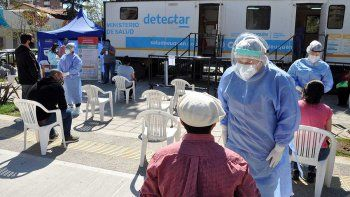 martes negro: 11 muertes y 333 casos de coronavirus en neuquen