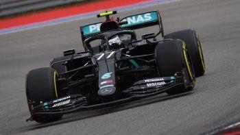 Valtteri Bottas se llevó el triunfo en la décima fecha de la Fórmula 1, que se llevó a cabo en el circuito de Sochi, Rusia.