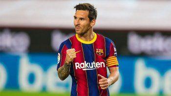 Messi debutó con gol en la era Koeman.