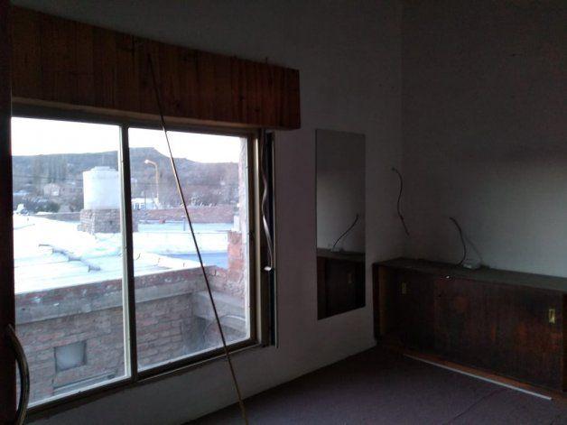 La habitación de una de las casa que alquiló.