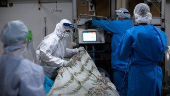 la ocupacion de camas de terapia intensiva es del 99% en neuquen