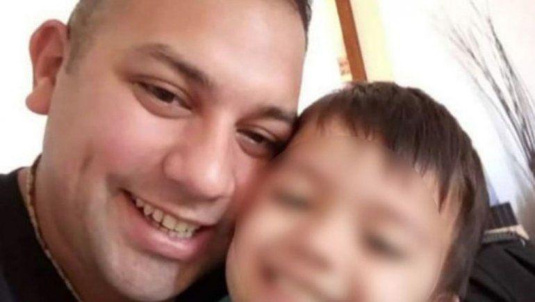 El policía asesinado era padre de un nene de tres años. El Gobierno decretó duelo nacional.
