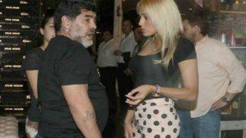 Me llevaron los marcianos: la insólita excusa de Maradona tras desaparecer en Navidad