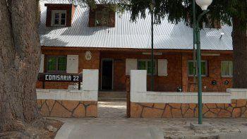 Grave denuncia de abuso policial sacude a Zapala