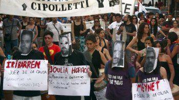 Marchan en Cipolletti al cumplirse 19 años del primer triple crimen