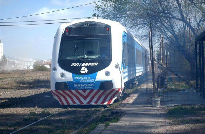 Nuevos desperfectos mecánicos sufrió en la mañana de hoy el tren de pasajeros Cipolletti-Neuquén.