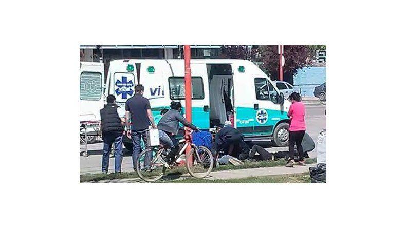 El hermano mayor falleció tras chocar una columna de alumbrado de calle Pacheco