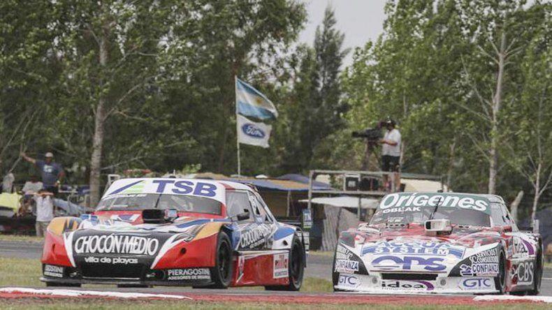 Camilo y Manu corren la última del año en La Plata