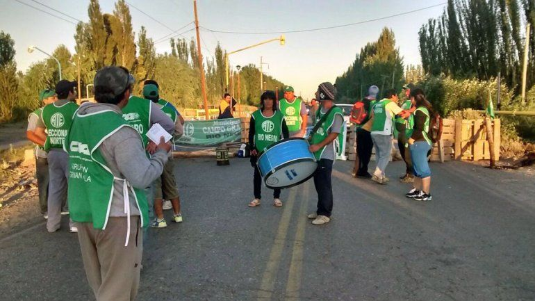 Municipales de Campo Grande volverán a cortar la Ruta 7 mañana