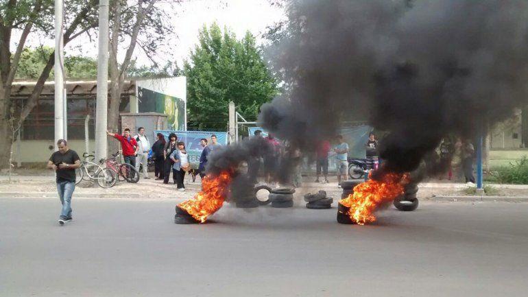 Detienen al líder de ATE Río Negro por una protesta en la UNCo