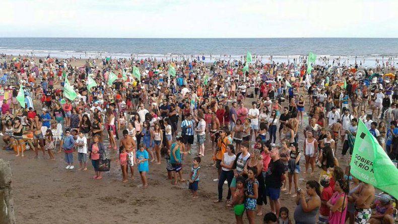 Más de 90.000 turistas pasaron por Las Grutas en la primera quincena de enero
