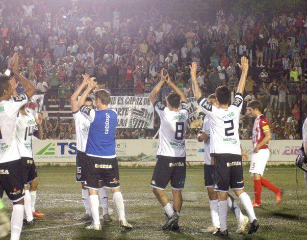 Cipo juega en La Visera.
