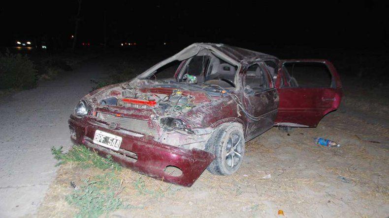 El vehículo quedó totalmente destruido.