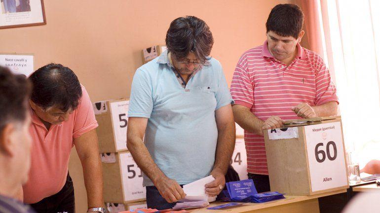 El recuento que dio ganador a López se realizó casi tres días después de la votación y se extendió por casi 72 horas.