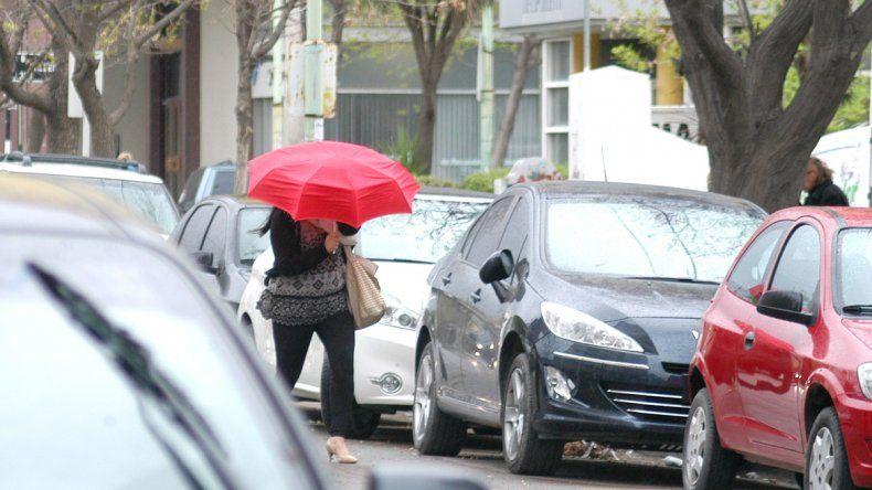 Se viene un fin de semana de frío y lluvias constantes
