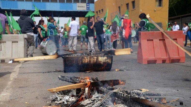 Por el conflicto en Cordero, ATE irá a los puentes carreteros