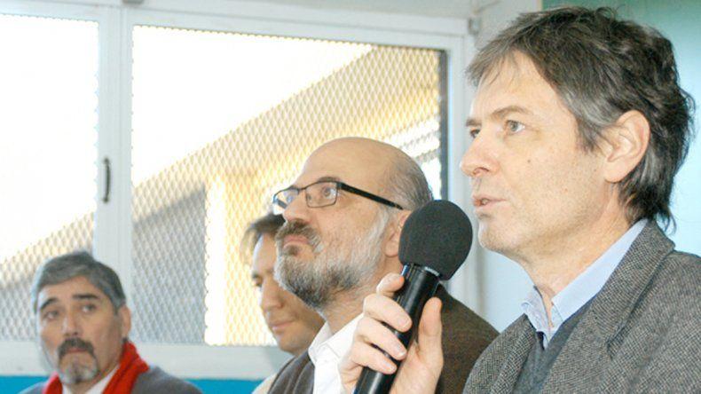 Bardeggia le pegó duro a Nación por el posible traspaso del tren.