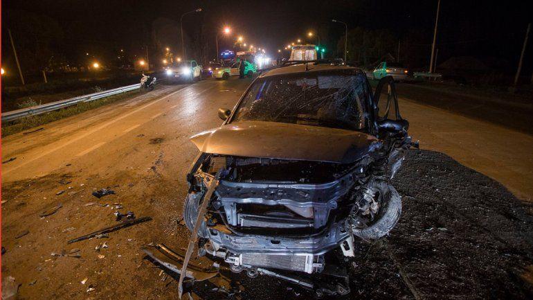 Dos heridos en un choque frontal en Cordero