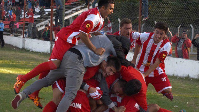 Ojalá que esta imagen se repita y que Independiente siga en el Federal A.