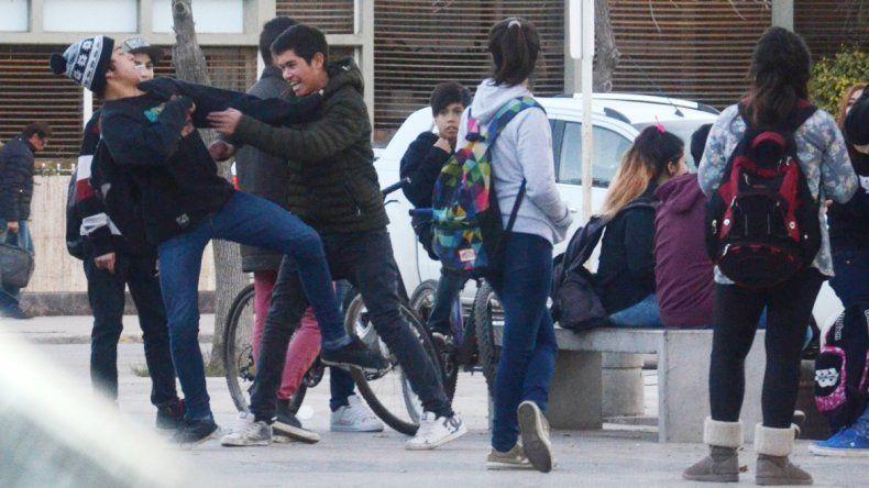 Los enfrentamientos entre adolescentes encendieron la alarma.