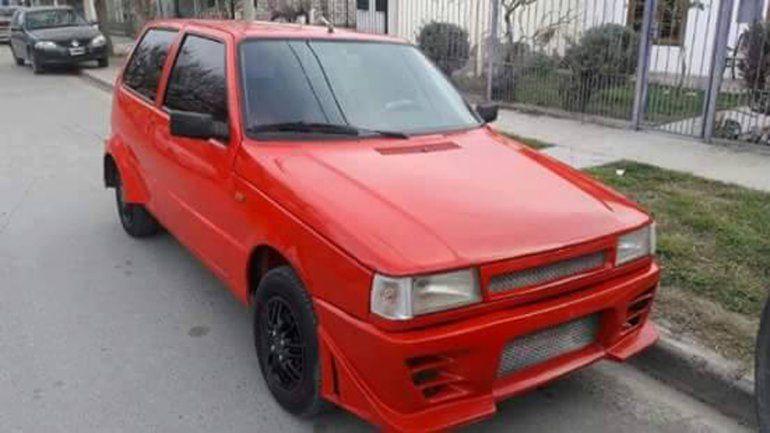 El Fiat Uno se encontraba en un barrio de la capital neuquina.