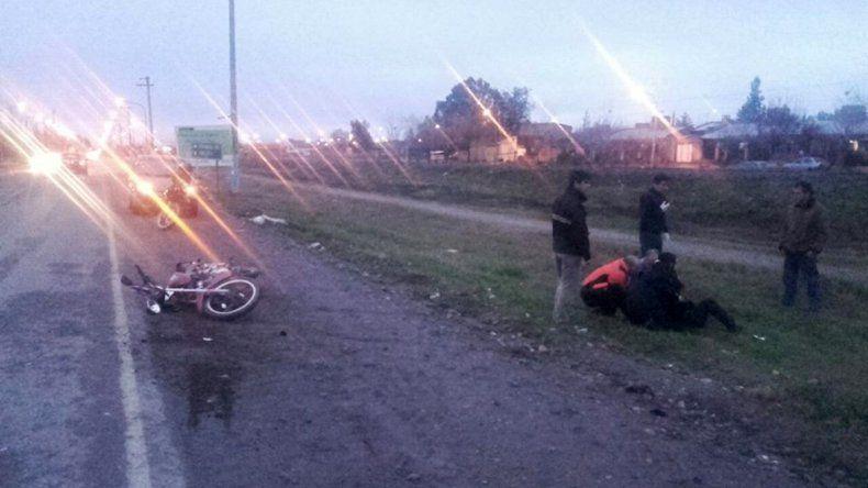 Dos policías graves tras un choque en moto