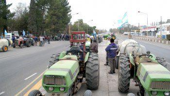 chacareros del valle protestaran en la rotonda contra el tarifazo