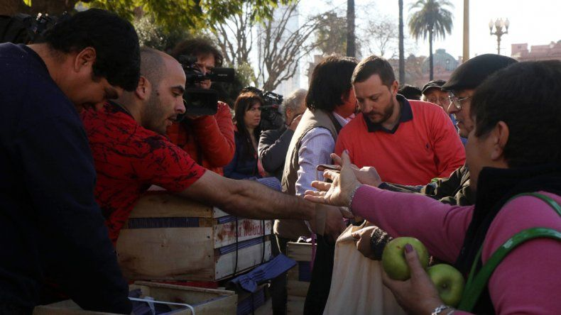Los productores del Alto Valle se hicieron oír en Plaza de Mayo