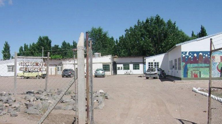 Cipolletti: denuncian a un docente de Las Perlas por abusar de cuatro alumnos