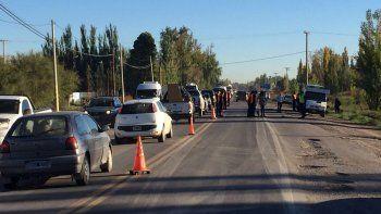 una mujer atropello y mato a un joven en la ruta 151