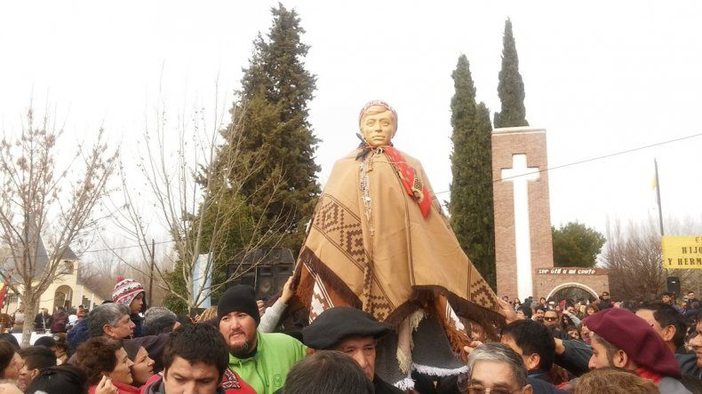 Miles de fieles viajaron hasta Chimpay para homenajear a Ceferino